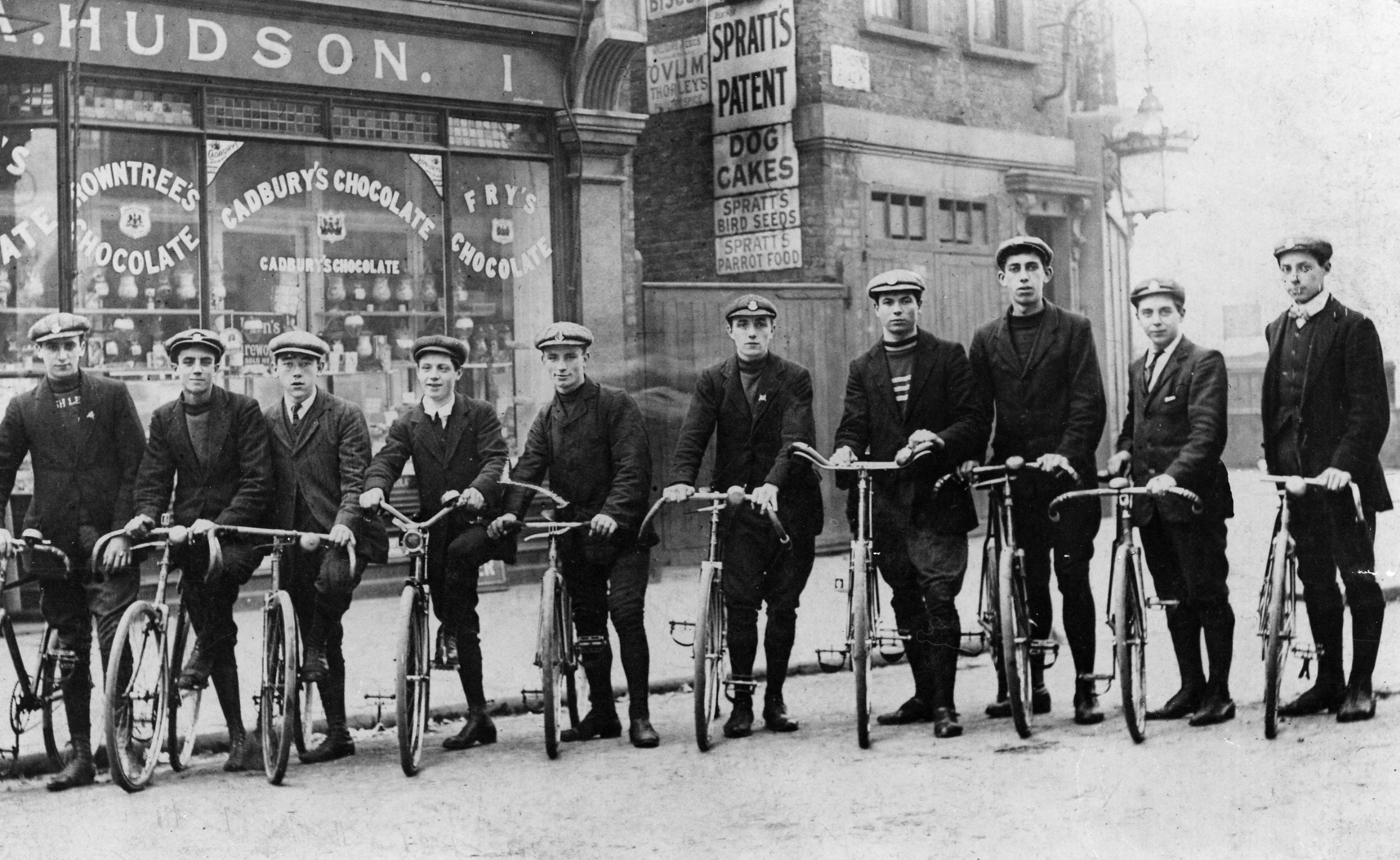 Hazellville Road Cycling Club (c1909) - Used with permission from Islington Local History Centre