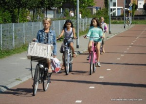Active travel is the easiest way to get a healthy lifestyle. Seperating cyclists from motor traffic makes this possible for everyone.